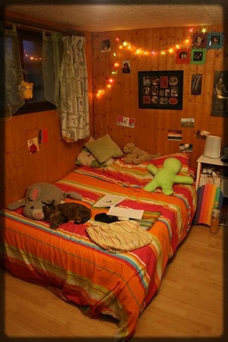 http://krommlech.cowblog.fr/images/Lieux/Chambrette/IMG8708Copie.jpg