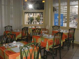 http://krommlech.cowblog.fr/images/Lieux/Nancy/sallepdj.jpg